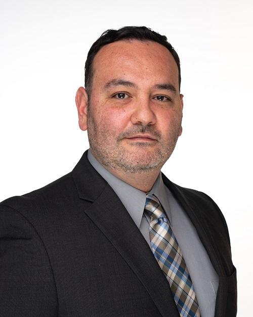 Dr. Salinas